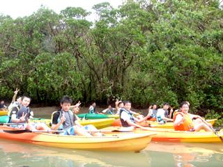 沖縄の修学旅行は笑顔がたくさん
